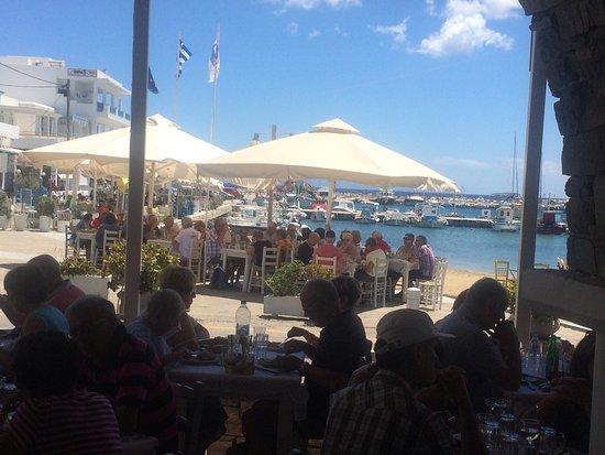 Piso Livadi, Greece: Σταύρος εστιατόριο