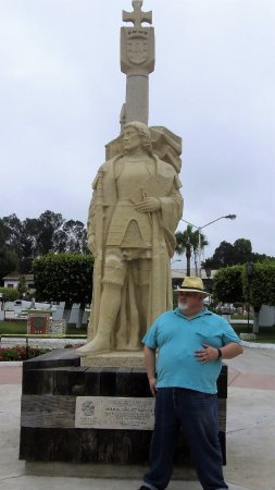 Cultural Center of Ensenada: This is me at the Christopher Combus statue on the grounds.