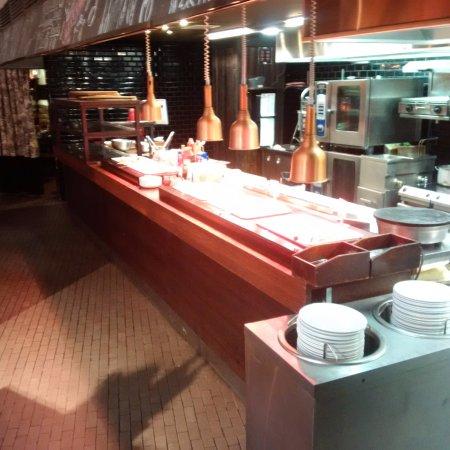 Original Sokos Hotel Olympia Garden: Buffet caldo