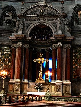 Frederiks Kirke (The Marble Church): Beautiful.