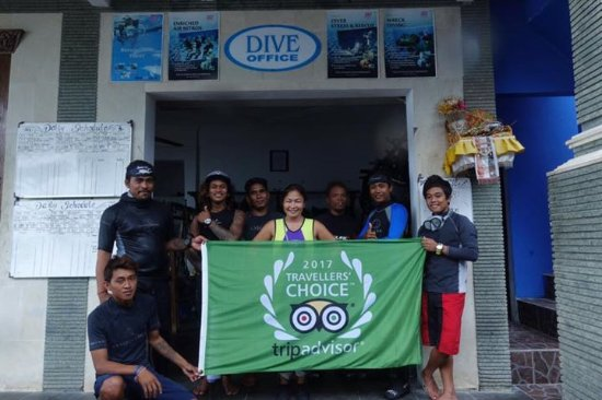 Hello from Matahari Tulamben Dive Center. Suci and some of the TEAM