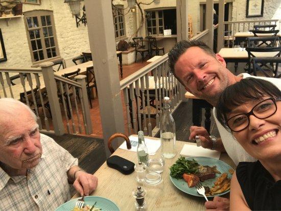 Thornham, UK: Lovely 90th Birthday meal!