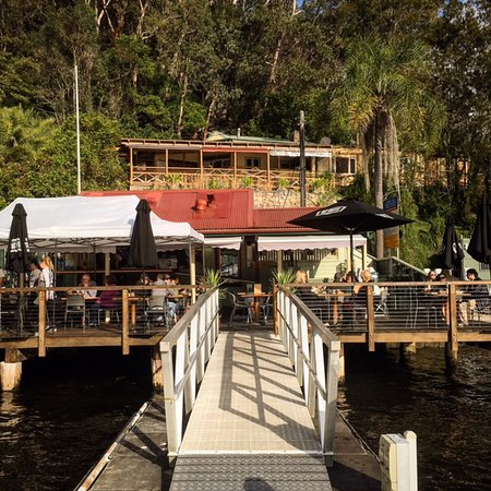 Berowra Waters, Australia: View of the restaurant from the jetty