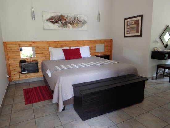 Marloth Park, Sudáfrica: Deluxe Room upgrade