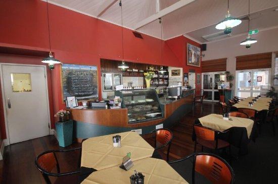 henry s cafe and restaurant charters towers restaurant reviews rh tripadvisor com au