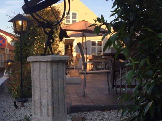 Sandvig, Δανία: the terrace at Hectors