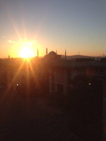 Hotel Arcadia Blue: Sunrise