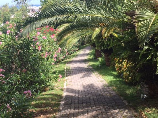 Grand Case, St-Martin/St Maarten : view walking to spa