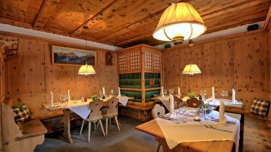 l'ustaria - die älteste Gaststube in Scuol