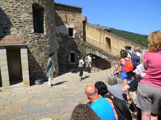 Prats de Mollo la Preste, Prancis: Devenez soldat du roi le temps d'une visite : Tir au fusil de rempart
