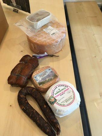 Saint-Hippolyte-du-Fort, Франция: Quelques uns de nos produits