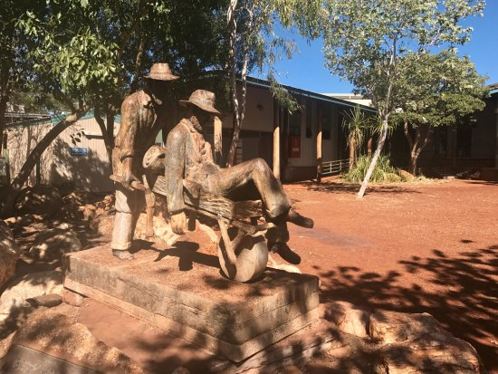 Halls Creek, Australia: Russian Jack memorial