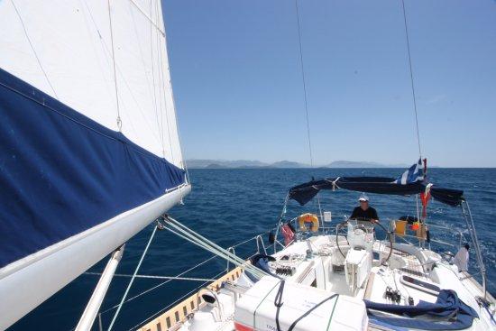 Gouvia, Grekland: Sailing to Paxos!