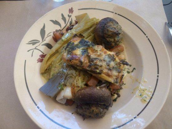 Dourdan, Frankreich: des assiettes équilibrées, et une cuisine familiale