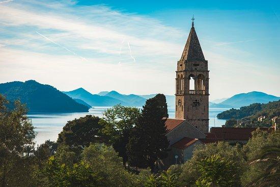 Sipanska Luka, Croácia: View down into the bay
