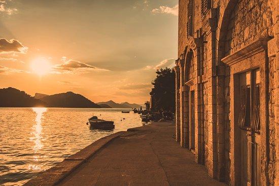 Sipanska Luka, Croácia: sunsets every night