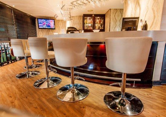 Paxton Hotel: Bar