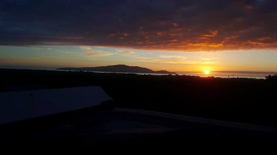Waikanae, New Zealand: Evening view!