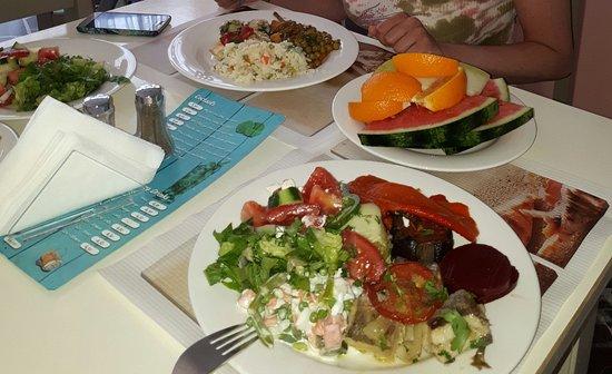 Maragakis Hotel: Скромный ужин
