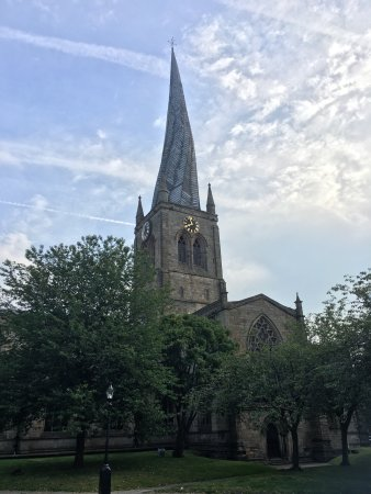 Chesterfield Parish Church/Crooked Spire: photo2.jpg