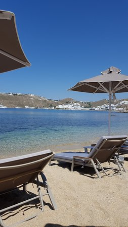 Paraga, Grecia: Lovely views from sunbed