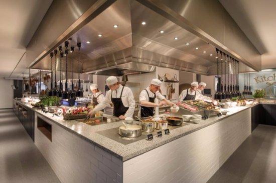 Sassenheim, Nederland: Live Cooking Buffet
