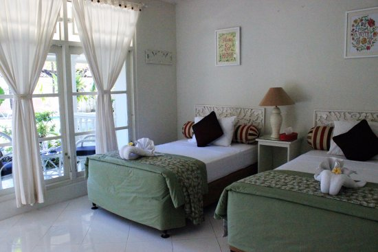 Gardenia Guesthouse: twin room , connecting onto double