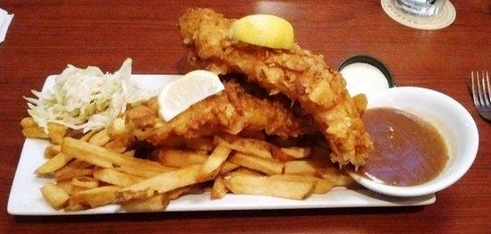 Cornwall, Канада: Fish & chips $17.98