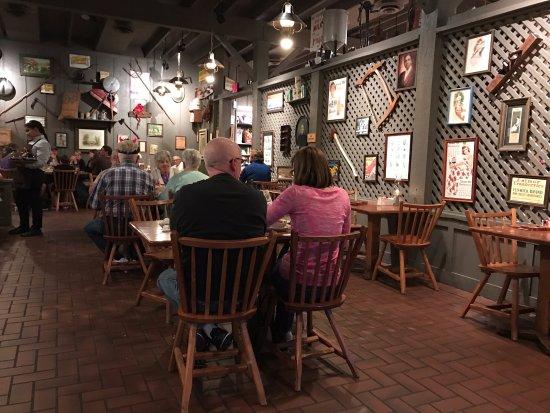 Cracker Barrel: dining interior