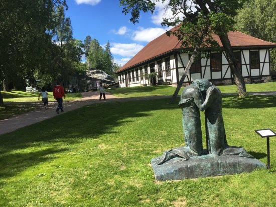 Buskerud, Noruega: Visiting the grounds is an attraction in itself.