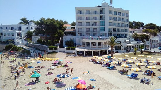 Santandria Playa Hotel: Hotel from the cliff walk