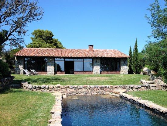 I pini piscine photo de domaine de murtoli sart ne tripadvisor - Domaine de murtoli restaurant ...