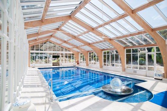 Summer Lodge: Spa pool
