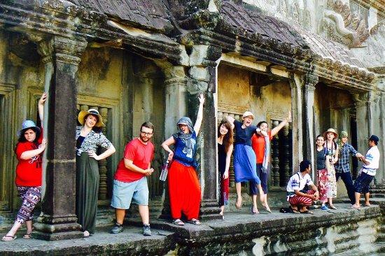 Angkor High Tour