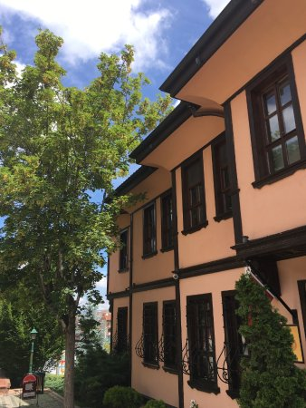 Cagdas Cam Sanatlari Museums - Çağdaş Cam Sanatları Müzesi ...