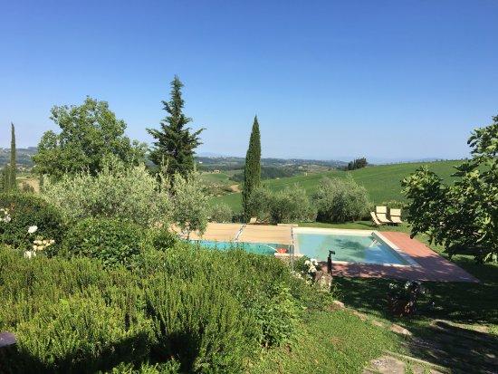 Montefiridolfi, Italia: country Tuscan scenery