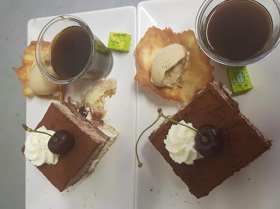 Rimons, France: café gourmand
