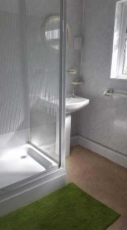 Порт-Толбот, UK: downstairs bathroom