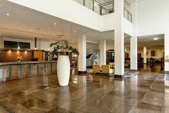 Hilton Nuremberg: Lobby und Rezeption