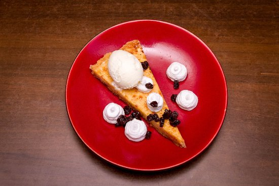 Whanganui, Yeni Zelanda: Key lime pie w vanilla ice cream,coconut cream,tequilla soaked raisins