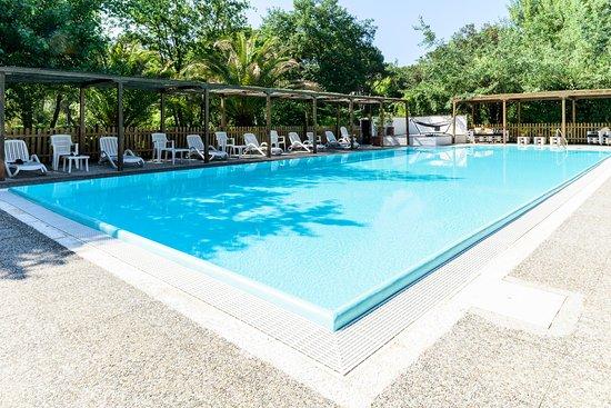 Hotel la bussola marina di massa italien hotel anmeldelser sammenligning af priser - Bagno la bussola ...