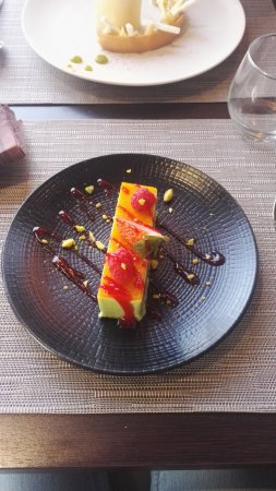 Chassieu, Francia: finger fraise/passion
