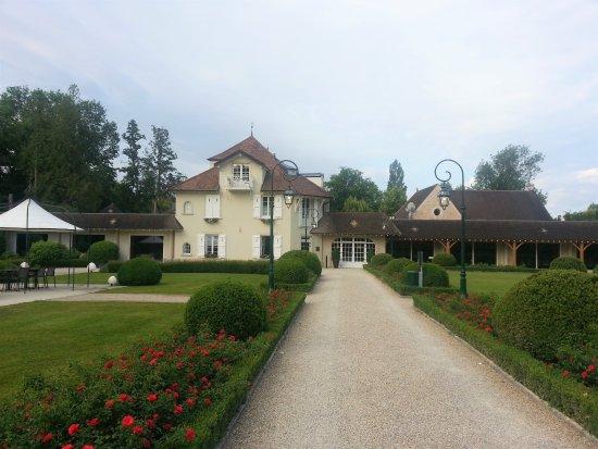 Relais & Chateaux - Hostellerie de Levernois: L'Hostellerie de Levernois