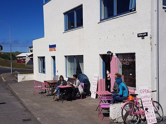 Stykkisholmur, Island: Enjoying a sunny summers day out of the wind