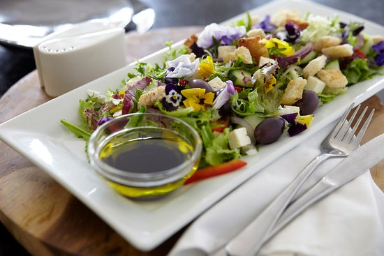 Bantry Bay, South Africa: Healthy salads