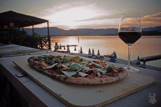 Bahia Cafe : Pizza e tramonto, le nostre specialità