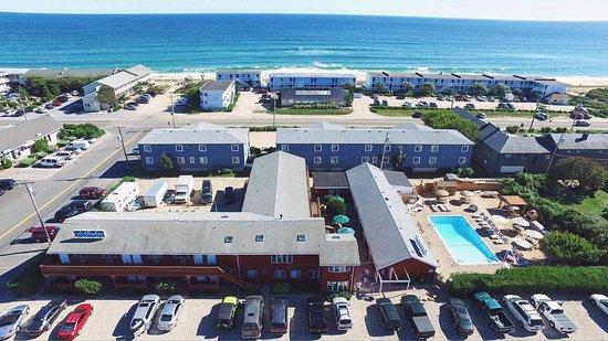 Daunt's Albatross Motel: View From Abpve