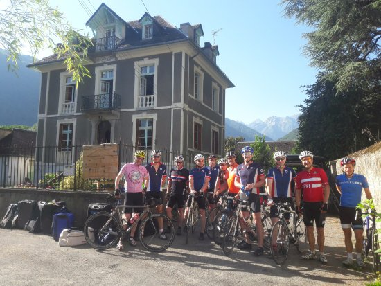 Bagneres-de-Luchon, France: Trabail VC about to set off on a ride.