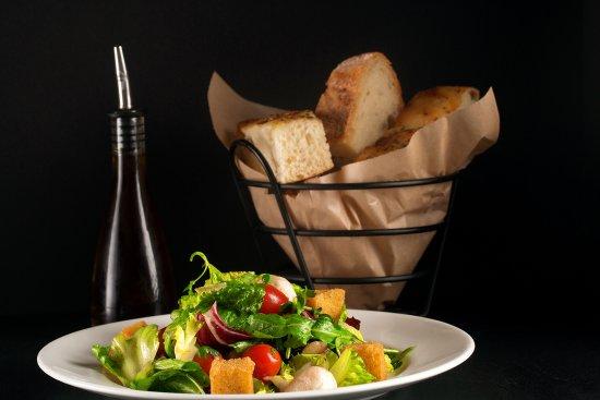Glastonbury, CT: Tuscan Salad