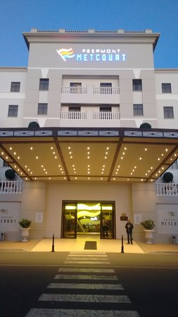 Peermont Metcourt Hotel at Emperors Palace Image